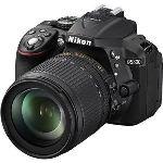 Nikon D5300 (avec objectif 18-105mm)