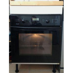 2 offres four pyrolyse chaleur tournante blanc achat malin avec touslesprix. Black Bedroom Furniture Sets. Home Design Ideas