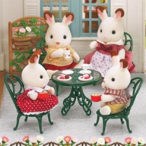 Epoch Sylvanian Family 2242 - Set salon de jardin