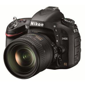 Nikon D600 (avec objectif 24-85mm)