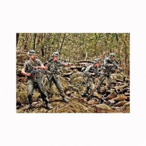 Master Box Figurines militaires : Patrouille dans la jungle US Army Infantry Vietnam 1968