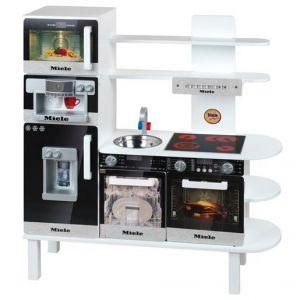 Klein 9459 - Cuisine en bois avec équipement Miele