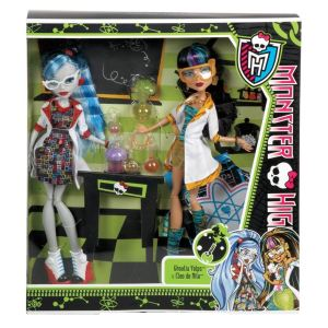 Mattel Monster High Ghoulia Yelps et Cléo de Nile