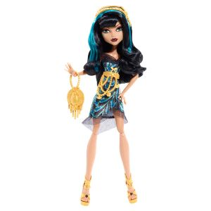 Mattel Monster High Cléo de Nile Hauntlywood Tapis noir