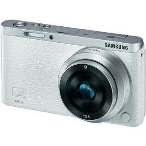 Samsung NX Mini (avec objectif 9mm)