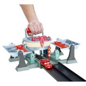 "Mattel Piste Cars Action Shifter "" Course à Radiator Spring """