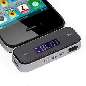 Transmetteur Bluetooth Voiture FM 3.5 mm pour iPhone 3/4/4S/5 iPod Touch Galaxy lecteur MP3 Player