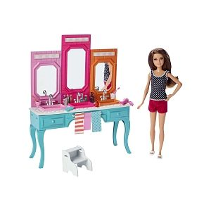 Mattel Skipper dans la salle de bain DGX44