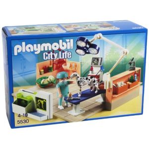 Playmobil veterinaire comparer 15 offres for Salle a manger playmobil city life