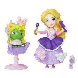 Hasbro Mini poupée Disney Princesses : Le salon de coiffure de Raiponce
