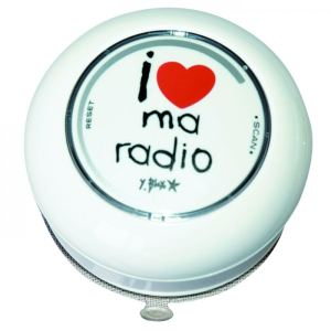 "Incidence Radio de salle de bain ""I love ma radio"""