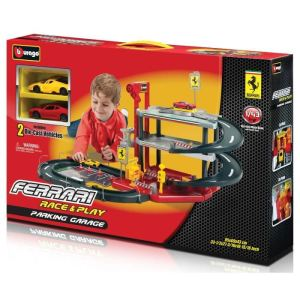 Bburago Garage avec parking Ferrari Race and Play échelle 1/43ème