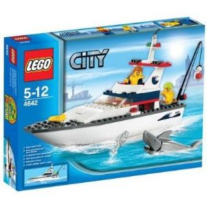Lego 4642 - City : Le bateau de pêche