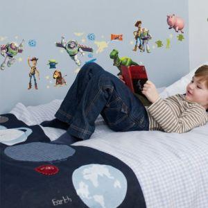 Decofun 50 stickers muraux Buzz l'Eclair