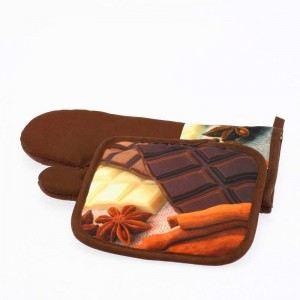 103925 - Gant et manique en tissu motifs macaron