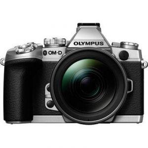 Olympus OM-D E-M1 (avec objectif 12-50mm)