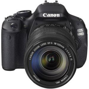 Canon EOS 600D (avec objectif 18-135mm)