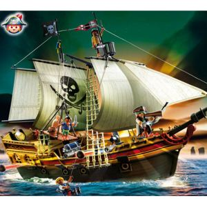 playmobil 5135 bateau d 39 attaque des pirates comparer. Black Bedroom Furniture Sets. Home Design Ideas