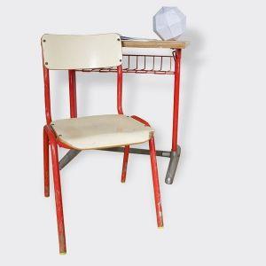 Bureau et chaise dÂ'écolier