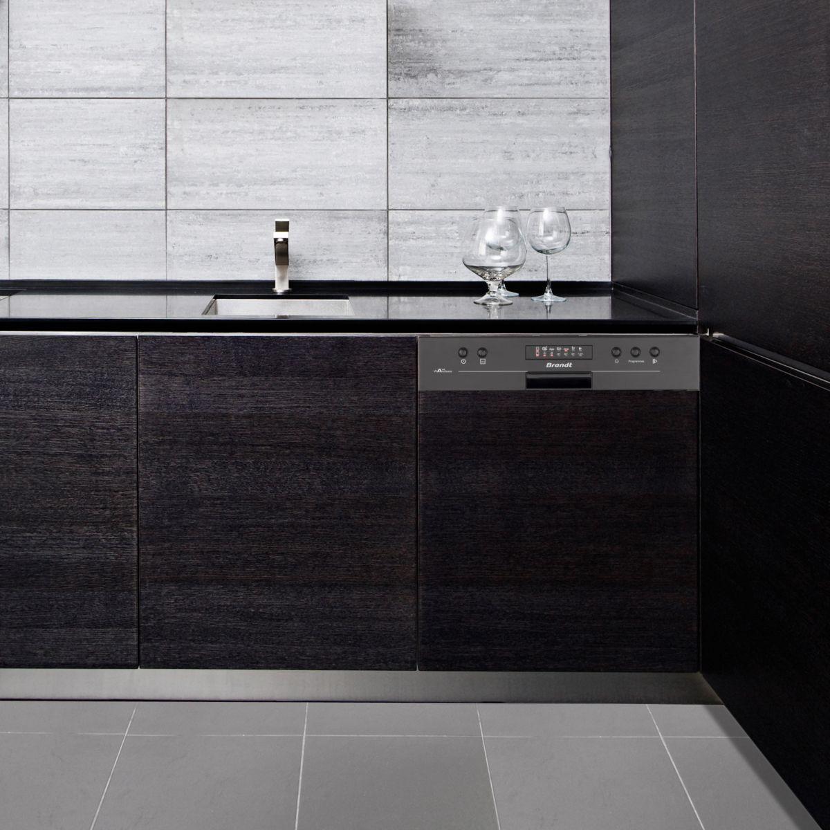 brandt vh1505 lave vaisselle encastrable 13 couverts. Black Bedroom Furniture Sets. Home Design Ideas