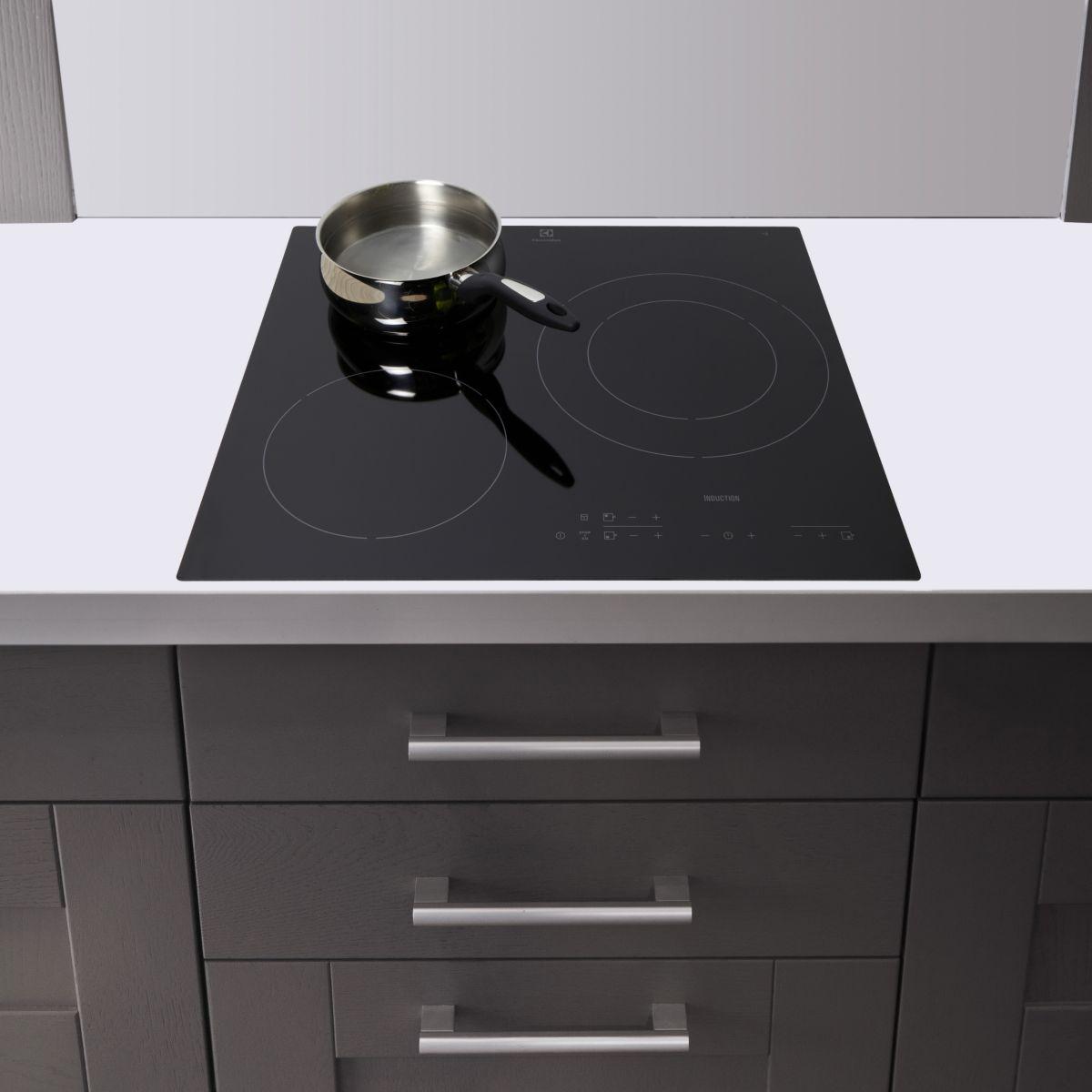 Electrolux e6113hik table de cuisson induction 3 foyers - Table induction 3 foyers ...
