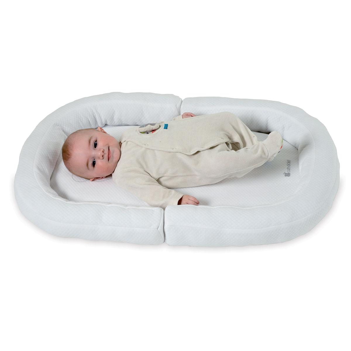 Candide r ducteur de lit cocon b b nest comparer avec - Reducteur de lit bebe aubert ...