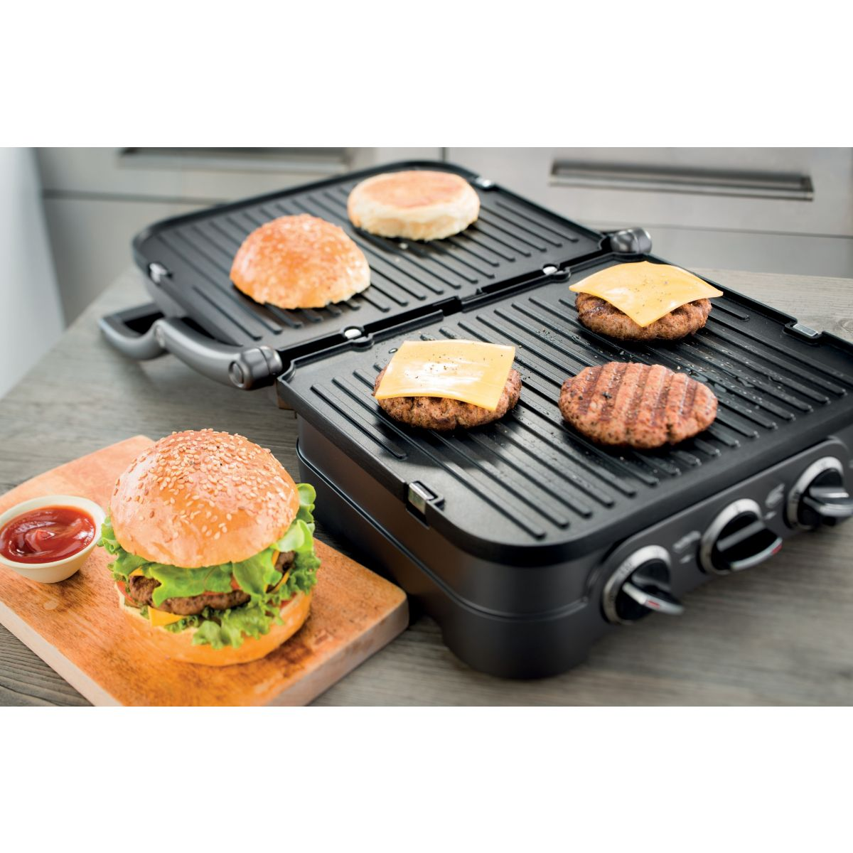 cuisinart po484e grill gaufrier croque monsieur avec. Black Bedroom Furniture Sets. Home Design Ideas