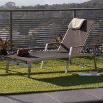 Ermanno G. Bain de soleil en aluminium brossé et polyester enduit noir multiposition longueur 169cm ELEGANZA