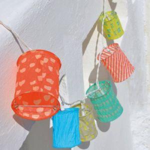 Mimi'Lou Guirlande de lampions lumineuse Leds en papier Summer Longueur 220 Hauteur 10 Diamètre 8 cm