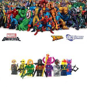 8 Mini Figurines Marvel DC Comics