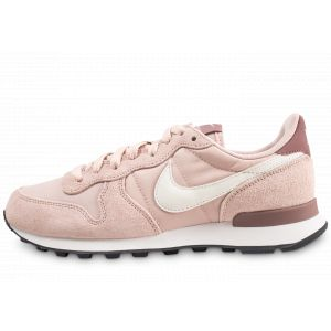 Nike Chaussures INTERNATIONALIST W rose - Taille 38,40,41,42,40 1/2,37 1/2,36 1/2