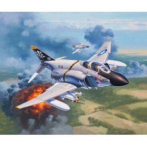 Revell 3941 - Maquette avion F-4J Phantom US Navy