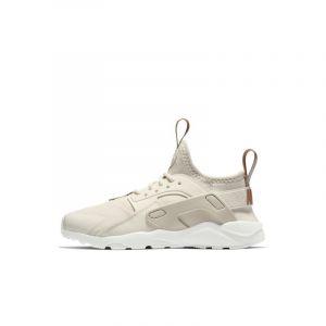 2e69bc56b45 Nike Chaussure Huarache Ultra Jeune enfant - Crème - Taille 29.5
