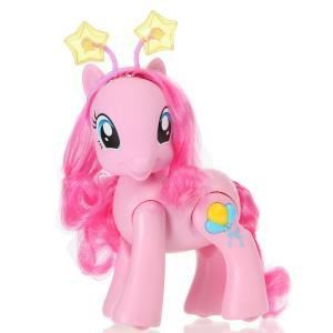 Hasbro Mon Petit Poney Pinkie Pie chante, marche et danse