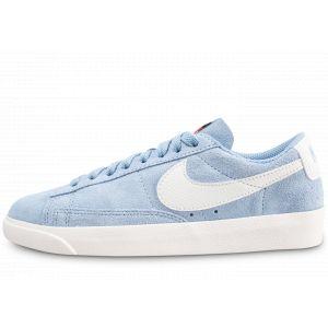 Nike Blazer Low Bleu Et Blanche Baskets Femme