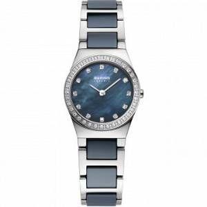 Bering Time 32426 - Montre pour femme avec bracelet en acier