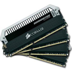 Corsair CMD32GX4M4A2800C16 - Barrette mémoire Dominator Platinum 32 Go (4x 8 Go) DDR4 2800 MHz CL16