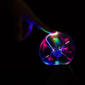 OneConcept Magicball - Enceinte Boule plasma bluetooth USB LED