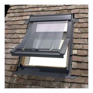 Velux Fenêtre de toit GGL solaire M04 (78 x 98 cm)