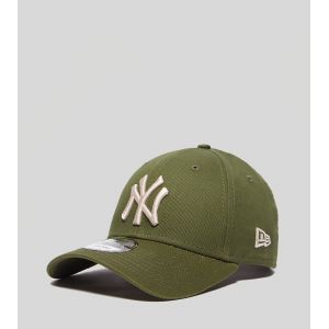 A New Era Casquette Incurvée New York Yankees 9Forty Olive Beige