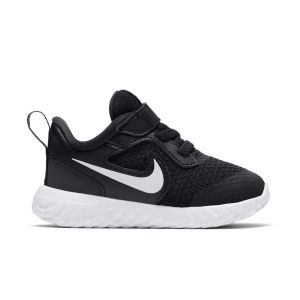Nike Chaussures casual Revolution 5 Noir / Blanc - Taille 26