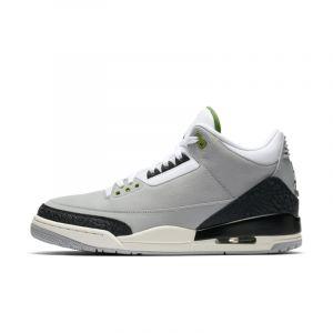 Nike Chaussure Air Jordan 3 Retro pour Homme - Gris - Taille 40.5