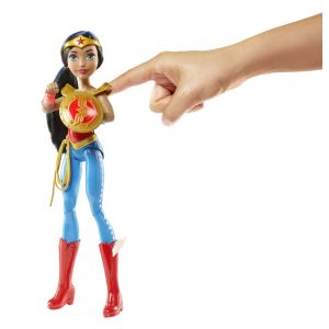Mattel Poupée Wonder Woman sonore et lumineuse 30 cm - DC Super Hero Girls