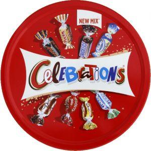 Célébrations Assortiment de chocolats au lait fourrés et de biscuits enrobés de chocolat au lait