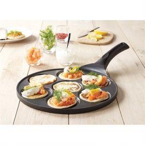 Image de Mathon Poêle 7 mini blinis ou pancakes à induction fonte 27 cm