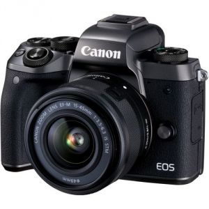 Canon EOS M5 (avec objectif 15-45mm)