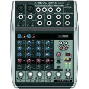 Behringer Xenyx Q802USB - Table de mixage