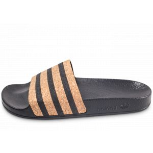 Adilette adidas Comparer 616 offres