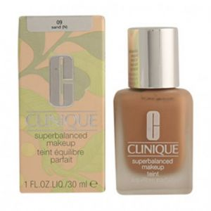 Clinique Superbalanced makeup 09 Sand - Teint équilibre parfait