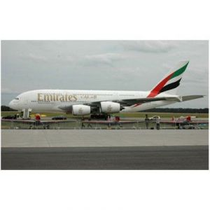 Revell 06599 - Maquette avion Airbus A380 Emirates